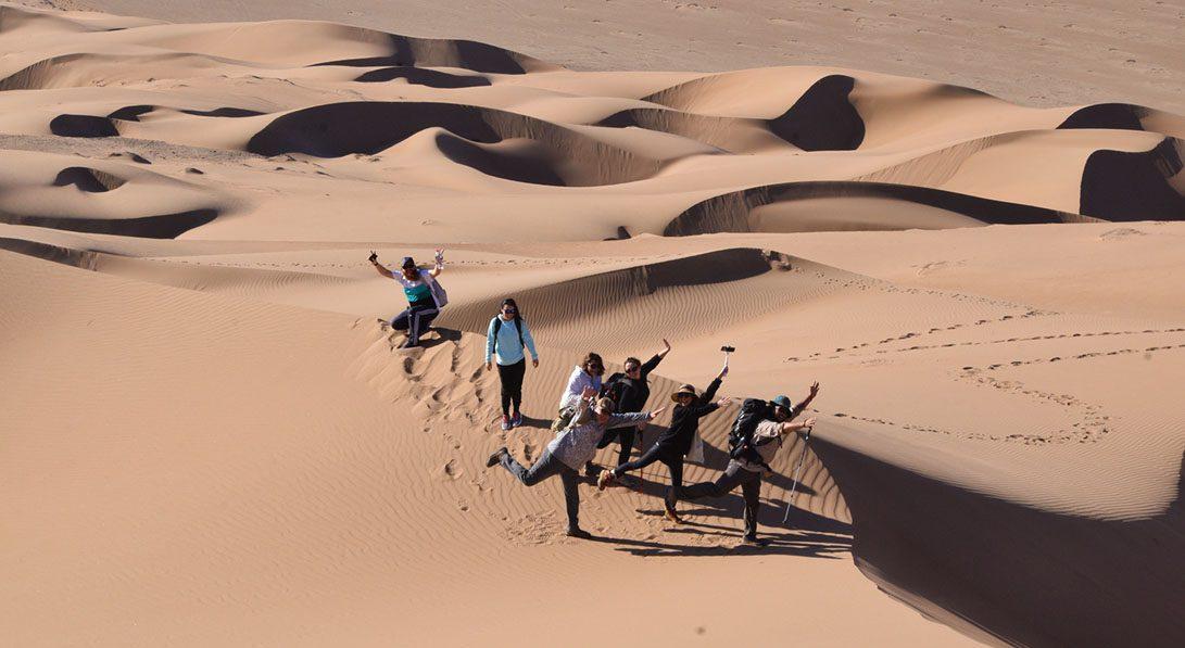 dunas barjanes caminata mar de dunas