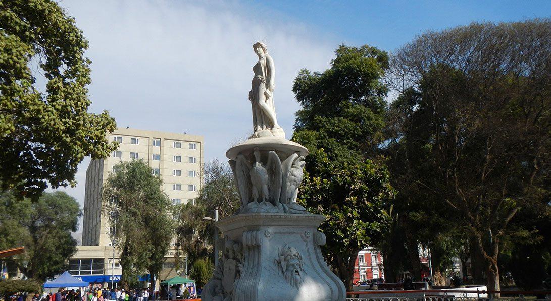 estatua a la mineria